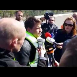 Embedded thumbnail for Srážka s autem s HELITE airbag vestou- rozhovor s kaskadérem