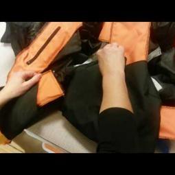 Embedded thumbnail for Opětovná instalace airbagové vložky zpět do textilní bundy Helite Touring