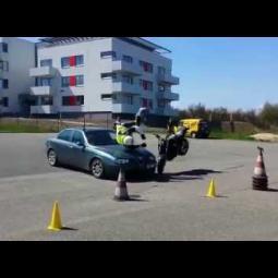 Embedded thumbnail for Srážka s autem s HELITE airbag vestou